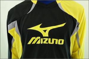 【7月31日まで送料無料】■本田圭佑(CSKAモスクワ) 着用モデル■ MIZUNO(ミズノ) ウィンドブレーカーシャツ ブラック×イエロー×グレー(09) Mサイズ
